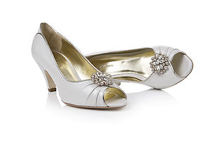 Diamante And Pearl Handmade Shoe Clips - bridal shoes