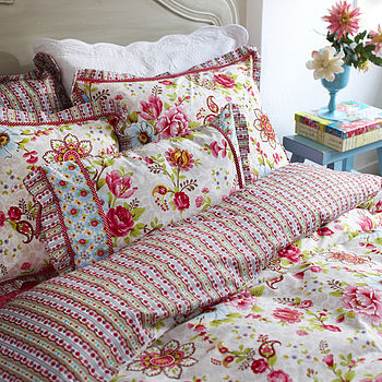 Flowers In The Mix Duvet Set By PiP Studio