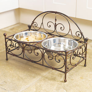 Heart Pet Feeding Stand - dogs