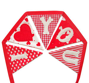 'I Love You' Valentines Love Bunting