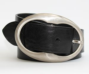 Women's Silver Oval Buckle Belt