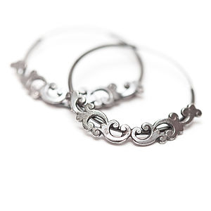 Moving Silver Filigree Hoop Earrings