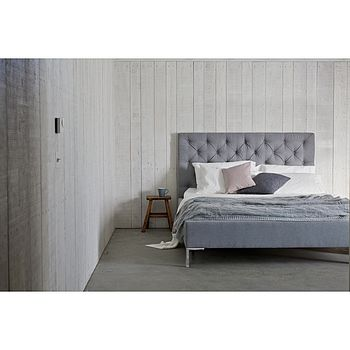 Issie Buttoned Modern Upholstered Bed