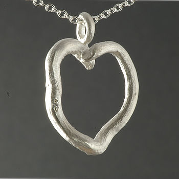 Silver Rose Root Heart Pendant With Diamond