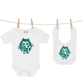 Green Owl Baby Grow And Bib Gift Set
