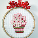 """Mini Pink Frosted Cup Cake Kit in 4"""" hoop"""