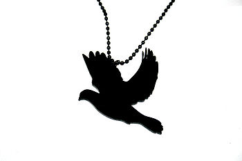 Dove Necklace Black