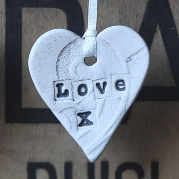 Ceramic Love Heart (Oxide wash)