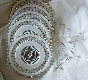 Pearl Headed Pin Wheel - sewing & knitting
