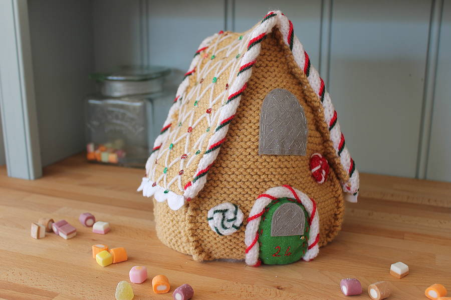 Knit and design your own gingerbread house by yarn needles - Decorate your own house ...