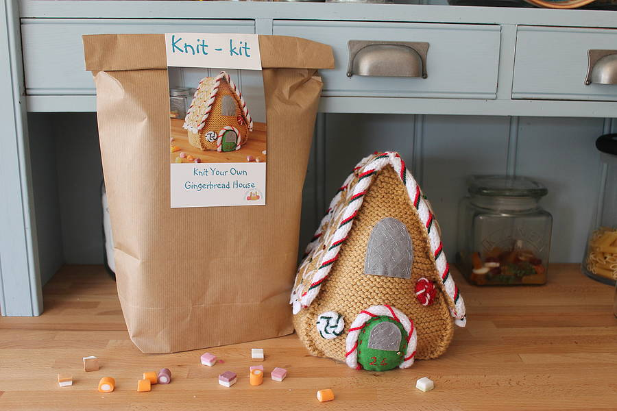 Knit and design your own gingerbread house by the little - Decorate your own house ...