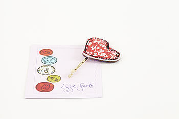 Embroidered Red Floral Heart Hairgrip