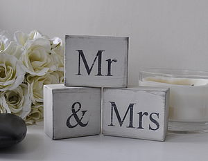 'Mr And Mrs' Distressed Block Letters