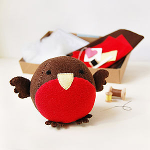 Make Your Own Robin Craft Kit - sewing & knitting