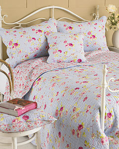 Country Rose Quilted Bedspread