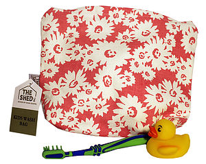 Child's Daisy Wash Bag
