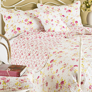 Honeypotlane Quilted Pillow Sham - bedroom