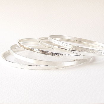 Forged Polished, Plain Matte, Ripple Polished, Plain Polished and Textured Matte Bangles