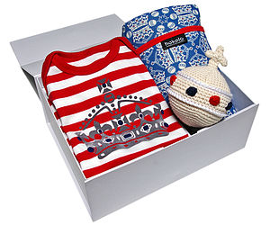 Babygrow Blanket And Orb Rattle Gift Set