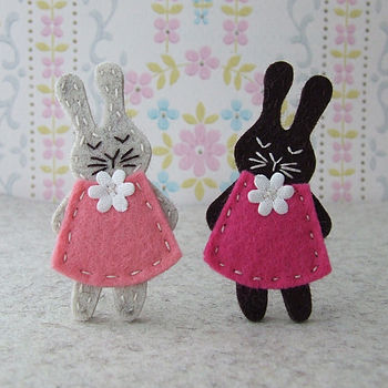 Bunny Brooch Sewing Kit