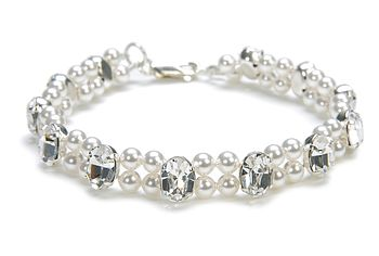 Modern Heirloom Pearl Bracelet