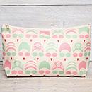 green/pink wash bag