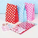 Thumb red party bags