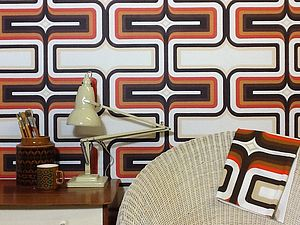 Geometric 70s Style Wallpaper - home decorating