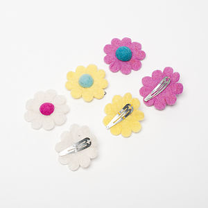 Handmade Felt Daisy Snap Clip - for children