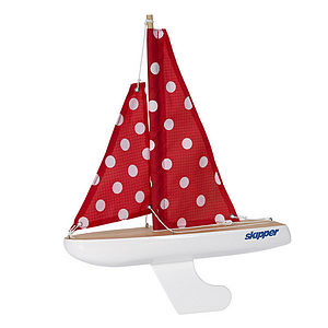 Toy Sailing Yacht Includes Free Stand