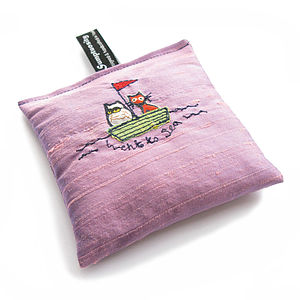 Owl And Pussycat Freehand Embroidered Silk Lavender Bag - lavender bags