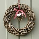 Thumb_woven-wicker-heart-shaped-wreath