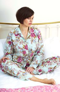Ladies Pyjama Set In Blue Rose Floral Print