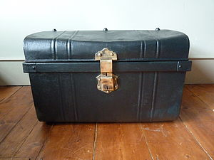 Tin Trunk - boxes, trunks & crates