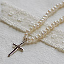 Pearl Necklace With Silver Cross