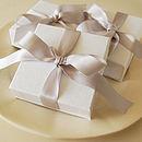 Gift Box (optional)