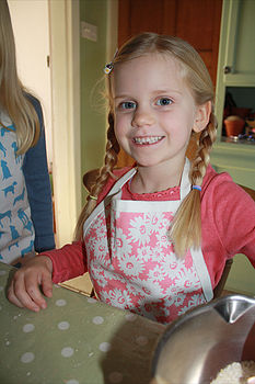 Child's Daisy Design Apron