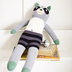 Knitted Friend Bandit The Racoon