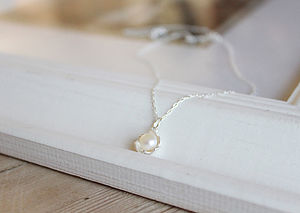 Pearl Flower Necklace - anniversary gifts