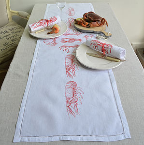 Crab Lobster Fruits De La Mer Table Runner - home & garden