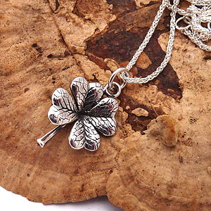 Lucky Four Leaf Clover And Spiga Necklace