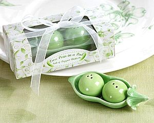 'Two Peas In A Pod' Ceramic Shaker Set - wedding favours