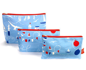Seaside Print Wash Bag