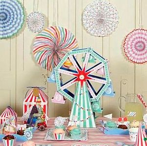 Toot Sweets Big Wheel Cupcake Centrepiece