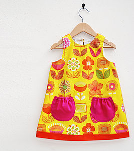 Retro Modern Floral Girl's Dress - clothing