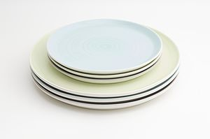 Tactile Coloured Porcelain Plate - alfresco dining