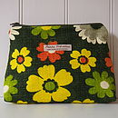 Make Up Bag Vintage Green Daisy