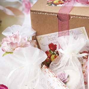 Small Bath Range Vintage Gift Box - beauty sets