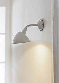 Cheyne Wall Light In Chalk