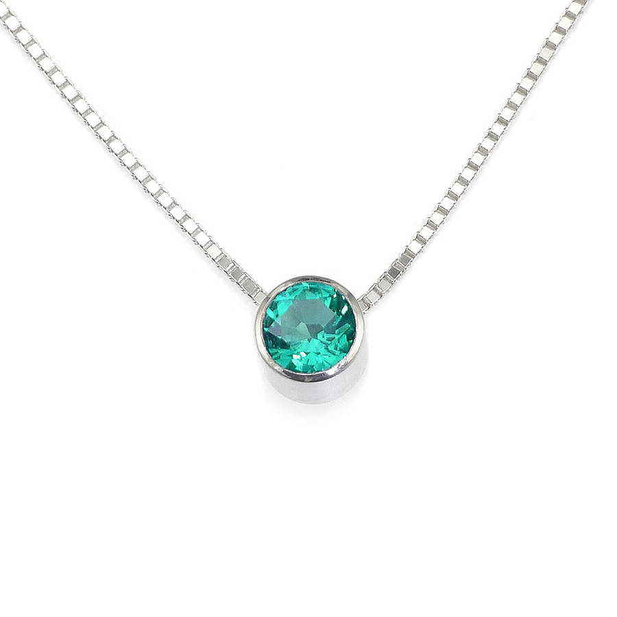 olizz gemstone emerald necklace large